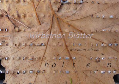 wirbelnde Blätter