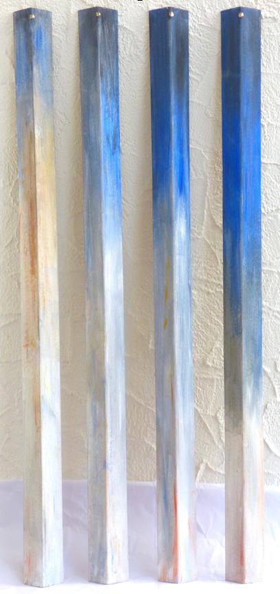 vertikales Blau